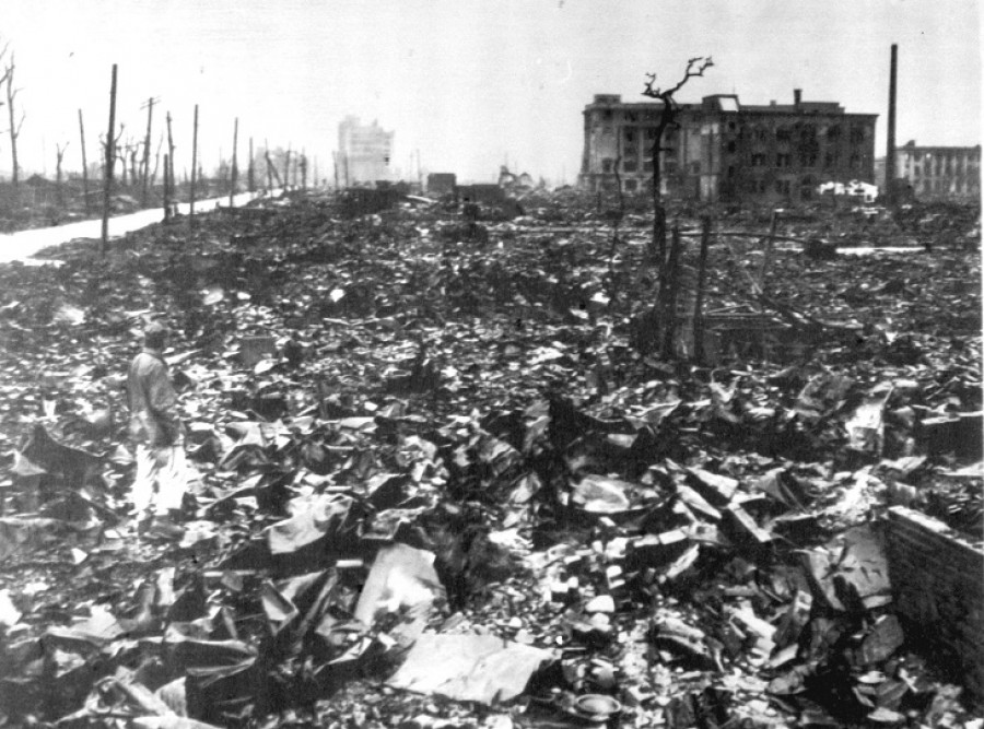 the united states bombing of hiroshima and nagasaki Important facts about the outcome of dropping the atomic bomb on the dropping of atomic bomb in hiroshima and nagasaki the united states spent $2.