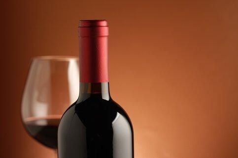 Роспотребнадзор запретил ввозить в Российскую Федерацию вино изЧерногории из-за плохого качества