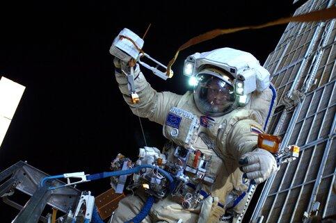 С 2018 года на МКС астронавты смогут выпекать хлеб