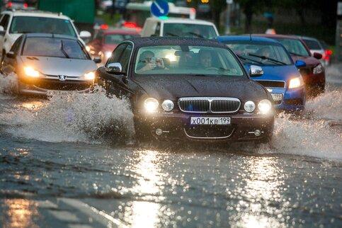 Транспортный комплекс столицы предупредил обухудшении ситуации на трассах